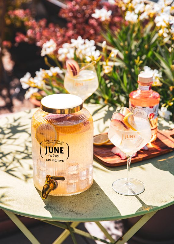UNE ROYAL JARRE - JUNE WILD PEACH JUNE GIN LIQUEUR